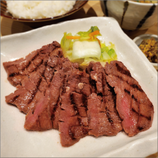≪2F, char-grilled Sendai beef tongue story >> NEW OPEN